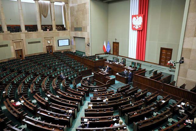 Trwa 37. posiedzenie Sejmu. Debata dotyczy m.in. rekompensat dla przedsiębiorców