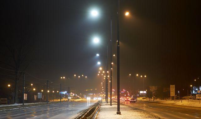 LED-y zaczynają oświetlać polskie ulice