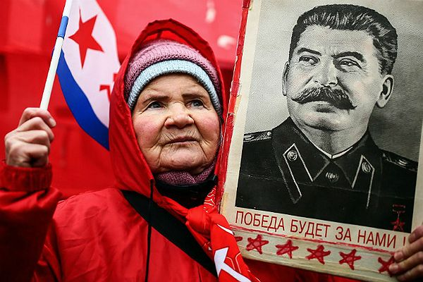 W Rosji stanął pomnik Józefa Stalina. Ufundowali go komuniści