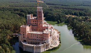 Wielkopolska. Szef MSWiA chce odwołania wojewody, który nie uchylił pozwolenia na budowę zamku w Stobnicy
