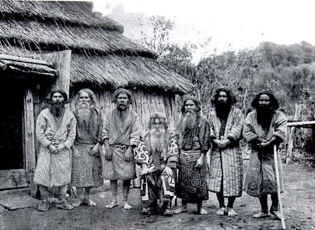 Jedna z najbardziej tajemniczych kultur Dalekiego Wschodu. Polak uratował ją od zapomnienia