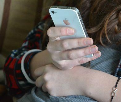 Iphone groźny dla osób z rozrusznikiem serca? Firma zaleca ostrożność