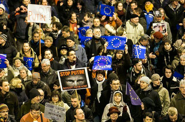 Protest przeciwko wizycie Władimira Putina na Węgrzech