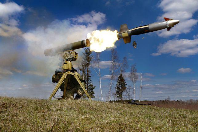 Wystrzał z rosyjskiej wyrzutni przeciwpancernych pocisków kierowanych Kornet