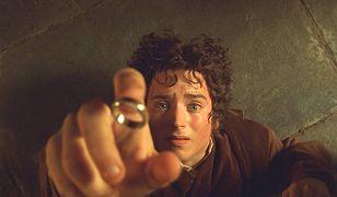 """Pierwsza część """"Władcy Pierścieni"""" ma sporo zauważalnych wpadek i pomyłek"""