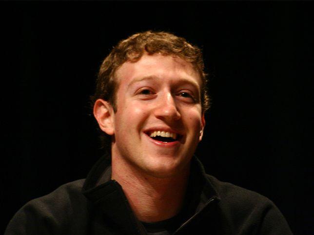 """Mark Zuckerberg, """"ojciec"""" Facebooka i jego koledzy"""