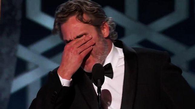 Joaquin Phoenix uhonorował pamięć o zmarłym tragicznie bracie