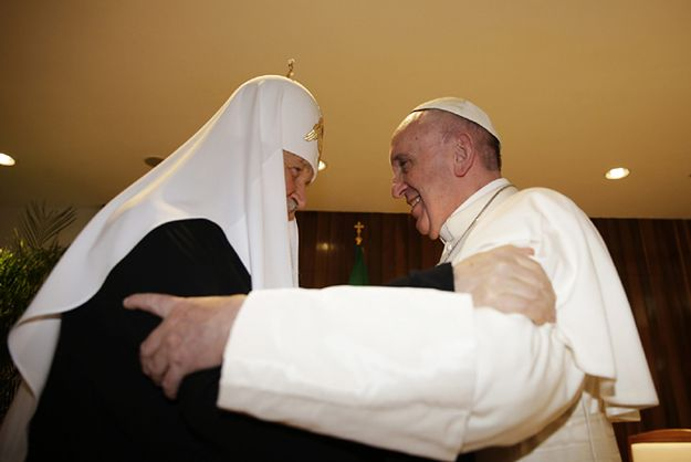 Pierwsze historyczne spotkanie papieża Franciszka i patriarchy Cyryla