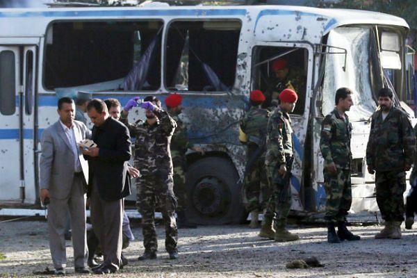 Dwa zamachy samobójcze w Afganistanie. Co najmniej 7 ofiar śmiertelnych