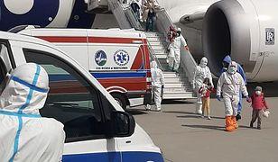 Samolot z zakażonym dyplomatą wylądował w Warszawie 25 kwietnia