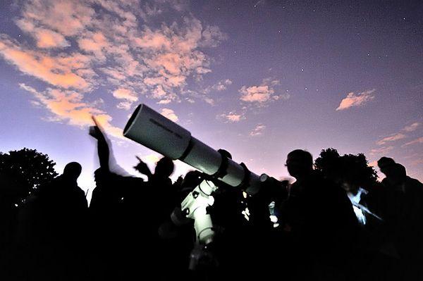 Studenci z UCL zaobserwowali wybuch supernowej blisko Ziemi