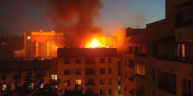 Ogromny pożar na Pradze