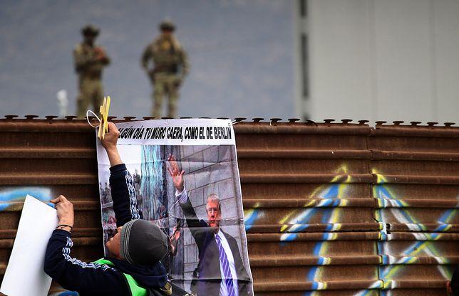 Decyzja w sprawie budowy muru jeszcze nie zapadła