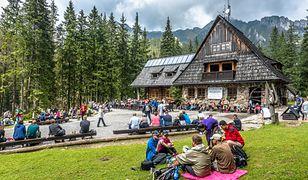 Możliwość zakupu biletów przez aplikację ma ułatwić i usprawnić podróżnym zwiedzanie Tatrzańskiego Parku Narodowego