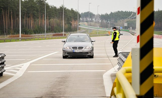Dziś policja wjeżdża na autostradę głównie po to, by sprawdzać prędkość i trzeźwość. W 2019 r. do tej listy może dołączyć odległość.
