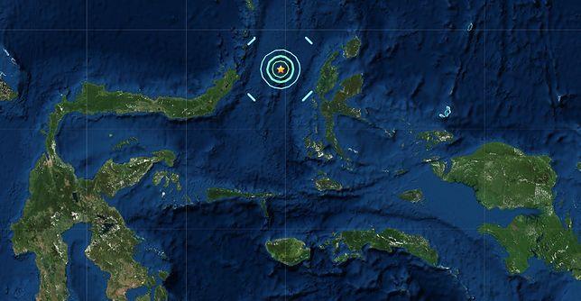 W przypadku wstrząsów podmorskich największym zagrożeniem jest tsunami