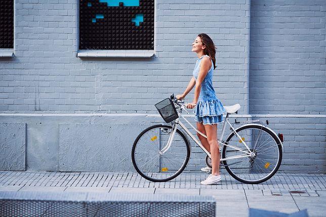 Sportowe sukienki nadają się na rowerowe przejażdżki