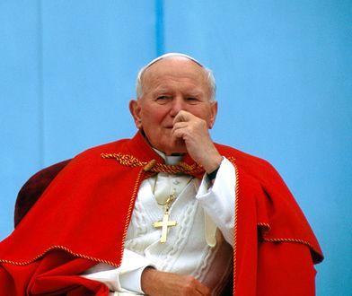 Papież Jan Paweł II (Karol Wojtyła) zmarł w Watykanie 2 kwietnia 2005 roku.