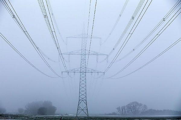 W Podlaskiem - kilka tysięcy odbiorców bez prądu. Wszystko przez silny wiatr