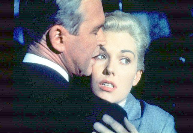 """James Stewart i Kim Novak w filmie """"Zawrót głowy"""" (1960)"""