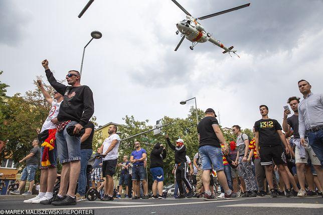 Białystok. Pseudokibice blokowali trasę pierwszego w historii miasta Marszu Równości