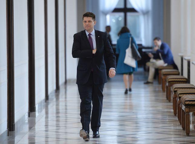 Gazeta Wyborcza: policja śledzi działaczy Obywateli RP i Ryszarda Petru