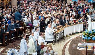 Toruń świętuje. Tłumy na pikniku Radia Maryja