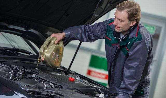 Jak wybrać odpowiedni olej silnikowy?