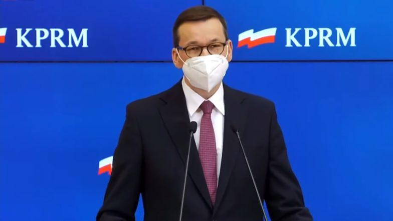 Pomoc dla Polaków. Premier Morawiecki ogłasza nowe programy