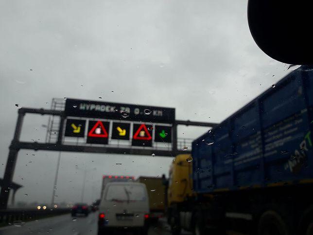 Wrocław. Koszmarny wypadek na autostradzie A4. Po mężczyźnie przejechało kilka samochodów