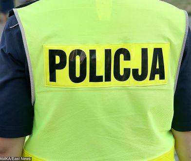 Policjanci częściej trafiają też za kratki