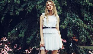 Aby swobodnie nosić sukienkę o długości mini z różnymi ubraniami, wystarczy wiedzieć, jak dobrać fason do sylwetki