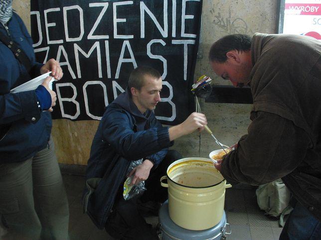 Akcja organizowana jest od lat w kilkunastu miastach Polski