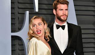 """Miley Cyrus i Liam Hemsworth poznali się na planie """"Ostatniej piosenki"""" w 2009 r."""