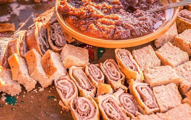 Sweet rolls and tasty cakes based on dried pears, served with a delicious pear jam, specific to the Zasip town, Slovenia.