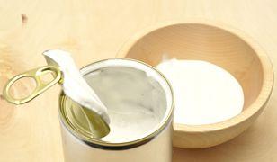 Mleczko koksowe, w puszce lub kartonie, kupimy dziś w każdym dużym sklepie spożywczym