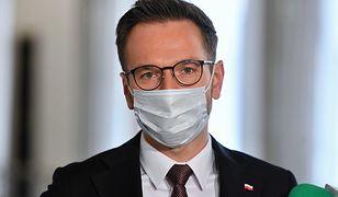 Unijne środki dla Polski opóźnione? Wiceminister Buda tłumaczy: To pokłosie tego, co działo się w Senacie