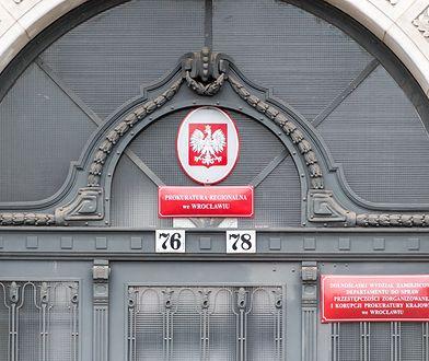 Prokurator został w trybie pilnym odwołany z delegacji we Wrocławiu
