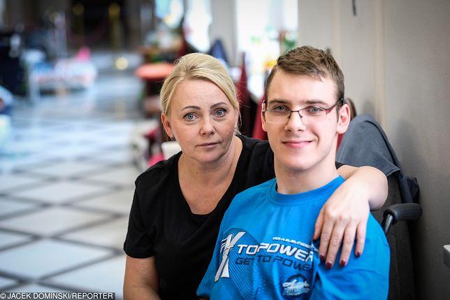 Iwona Hartwich i jej syn Kuba