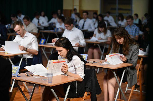Egzamin ósmoklasisty 2019 – arkusz CKE z języka angielskiego oraz pozostałych języków obcych
