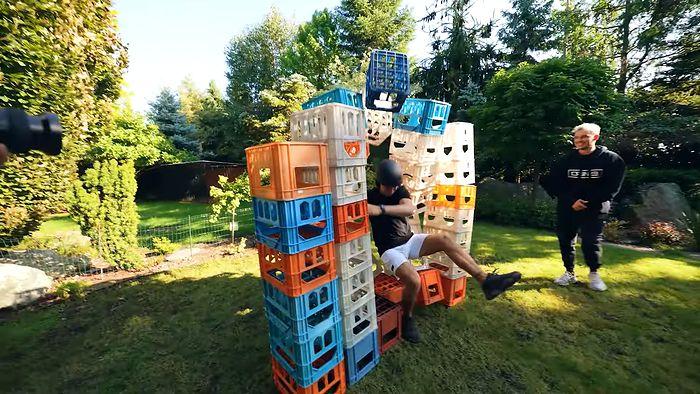 Ekipa promuje Milk Crate Challenge