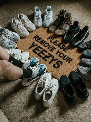 Dorwij limitowane edycje butów na dropach! Te tricki w tym pomogą