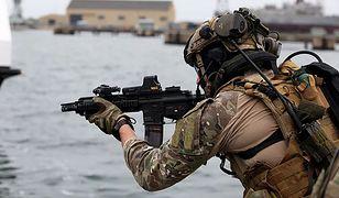 Żołnierz GROM-u.