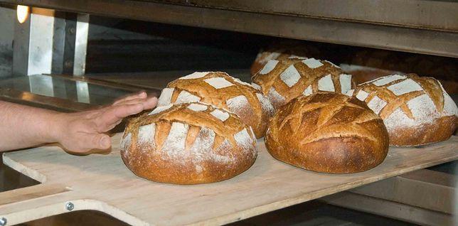 Chleba jemy coraz mniej. Pozornie szalony pomysł może przywrócić pieczywo do łask