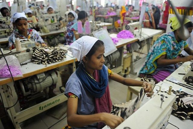 Niewolnicza praca za grosze w Kambodży