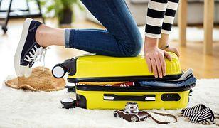 Triki na maksymalne wykorzystanie przestrzeni w walizce
