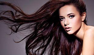 Długie i piękne włosy to kobiecy atut