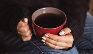 Jak ładnie piłować paznokcie?