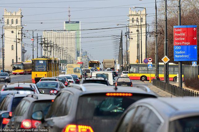 Konferencja bliskowschodnia w Warszawie: bardzo duże utrudnienia w ruchu. Zamknięte ulice i parkingi