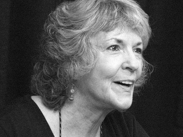 Zmarła popularna autorka kryminałów. Miała 77 lat